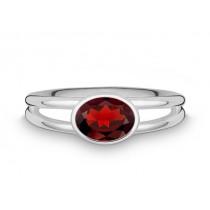 Ring oval 925Ag Granat